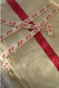 antique and vintage linen, textiles, haberdashery